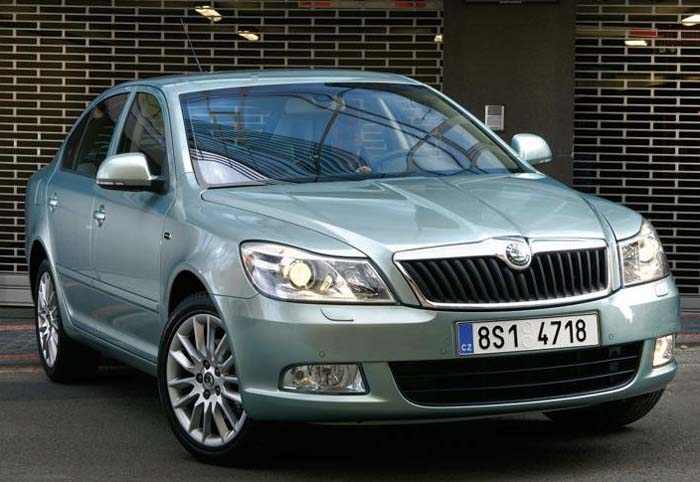 the Skoda Laura petrol at