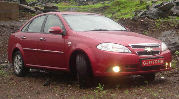 Chevrolet Optra Magnum In India Truly Bazooka Indiandrives Com