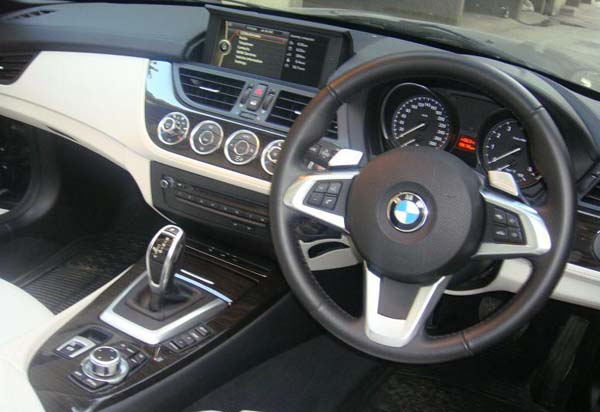 Bmw Z4 35i In India Review Indiandrives Com