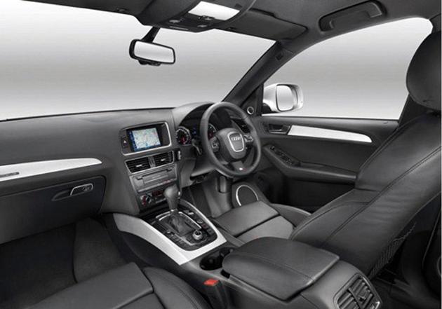 Audi Q5 2.0 TDI interior