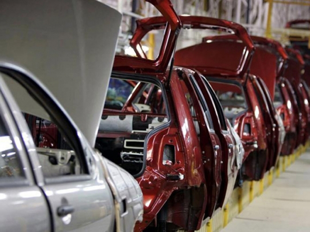 Car makers forced to persist with special discounts and schemes