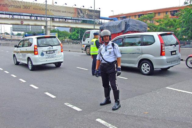 International traffic police