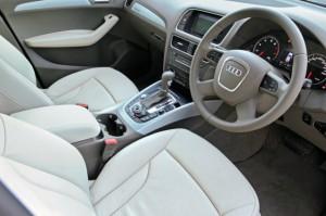 2011 Audi Q5 interior