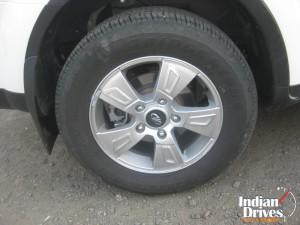Mahindra XUV500 wheel
