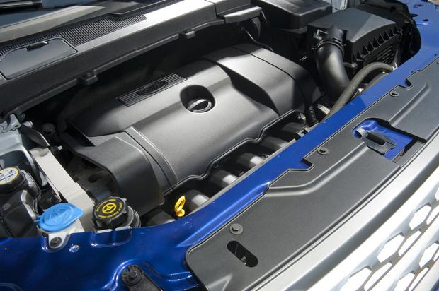 Land Rover LR2 engine