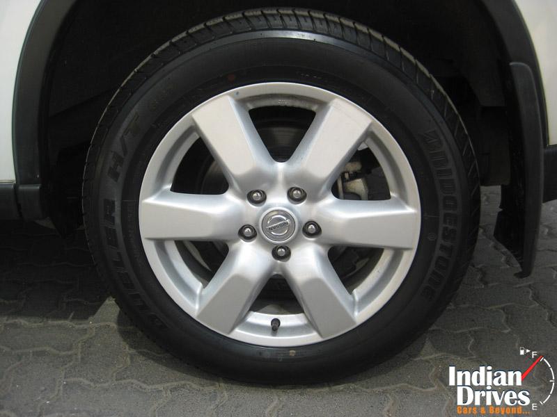 Nissan X-Trail wheel