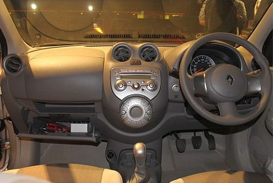 Renault Pulse interior