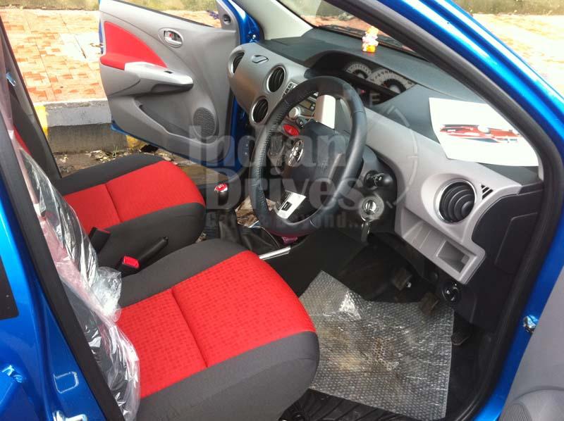 Toyota Etios Liva interior