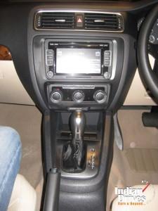 Volkswagen Jetta audio system