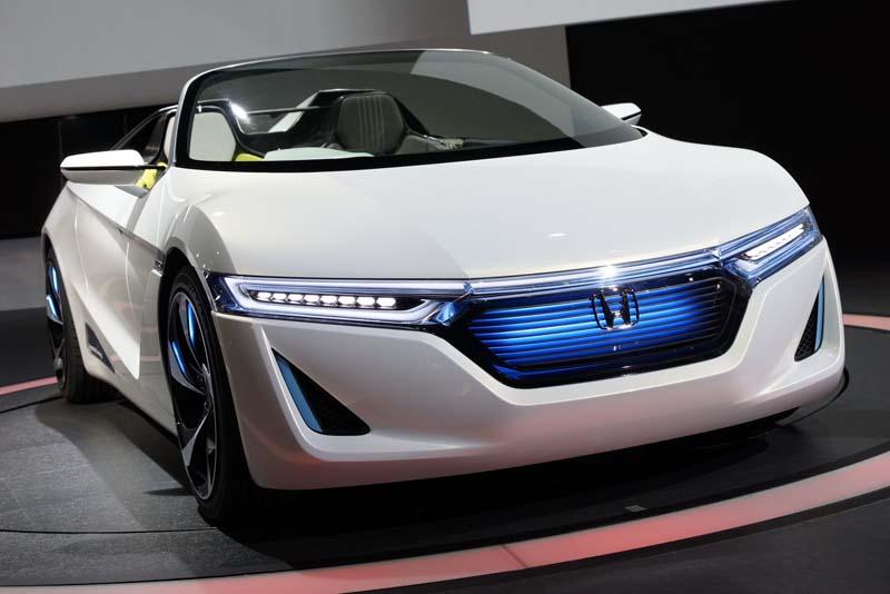 Honda EV-STER concept car gets approval of masses