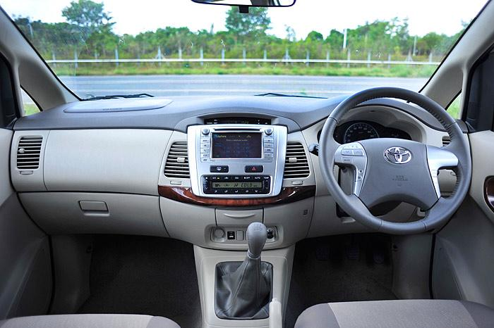 Toyota Innova nội thất