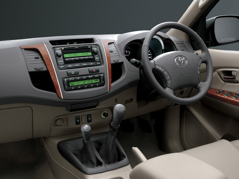 2012 Toyota Fortuner interior