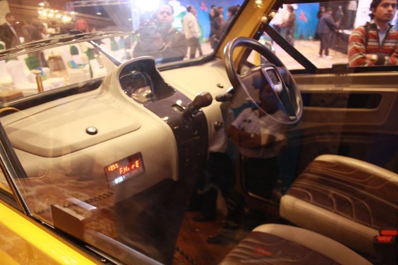 Bajaj RE60 interior