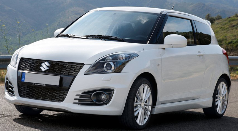 Maruti Swift Hybrid and Sport in Auto Expo