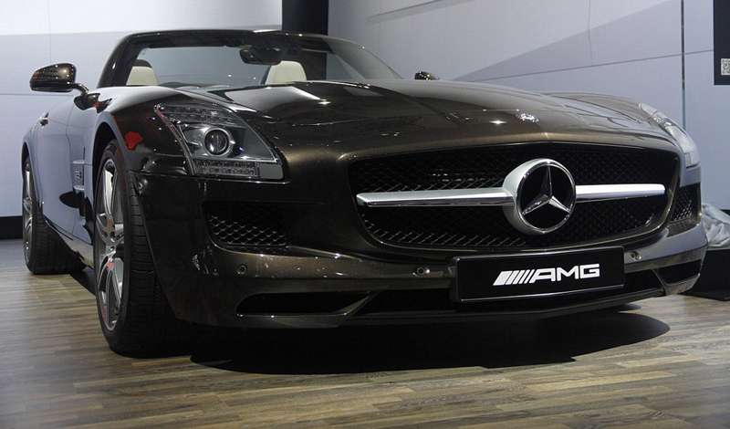 Mercedes Benz M Class and SLS AMG unveiled