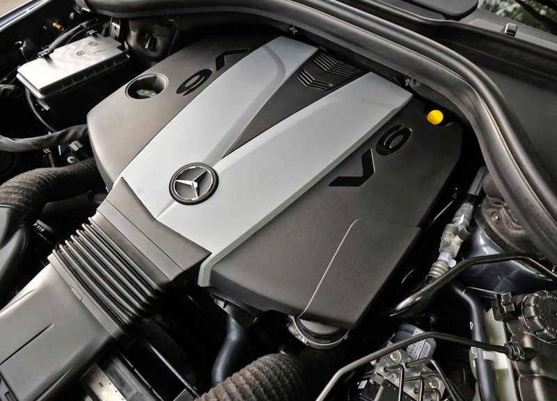 New Mercedes Benz ML350 engine