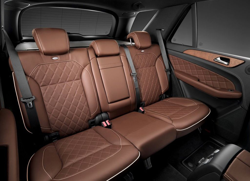 New Mercedes Benz ML350 interior