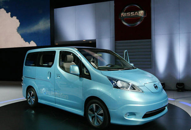 Nissan e-NV200 revealed