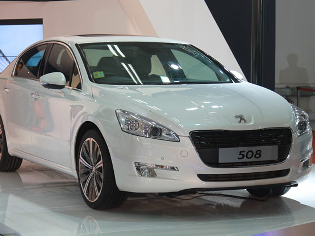 Peugeot RCZ Coupe along with the 3008 hybrid showcased - the 508 will be unveiled soon