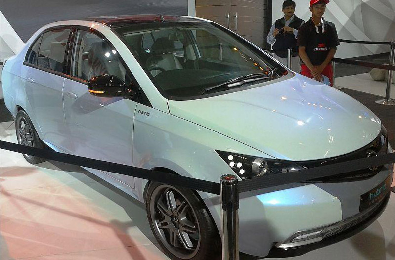 Manza hybrid diesel concept could provide design leads to next-gen TATA Manza