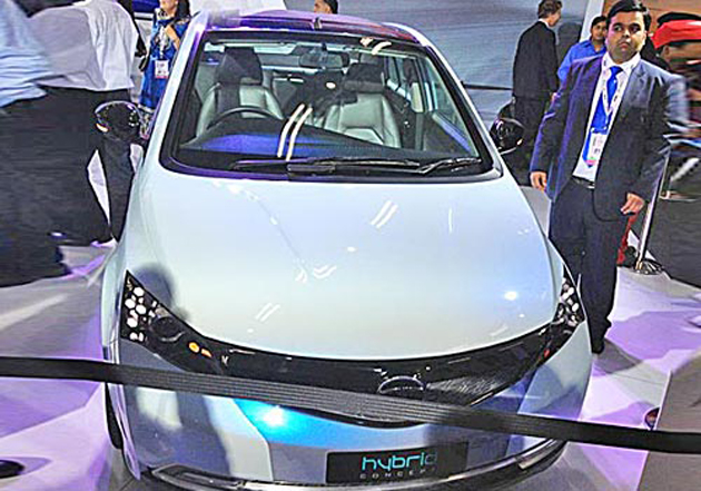 Tata unveils its Manza Hybrid along with the CNG variant of the Nano