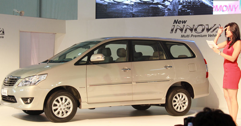 Toyota Innova & Fortuner Facelift Launch at 2012 Auto Expo