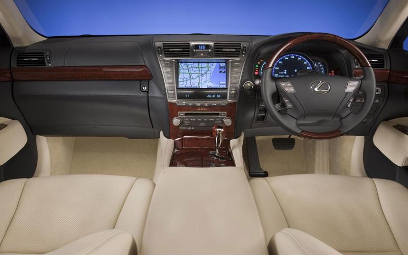 2012 Lexus LS 460 interior