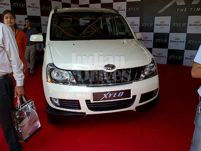 2012 Mahindra Xylo in India