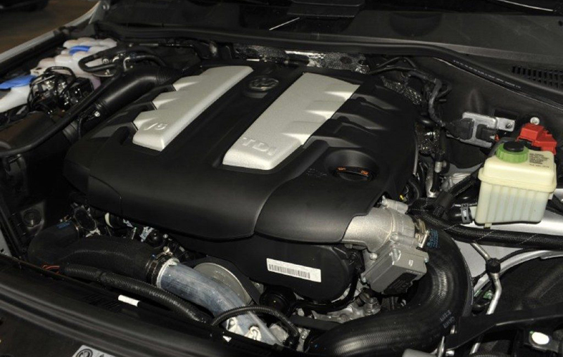 New Volkswagen Touareg 2012 engine