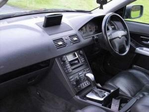 Volvo XC90 D5 Diesel interior