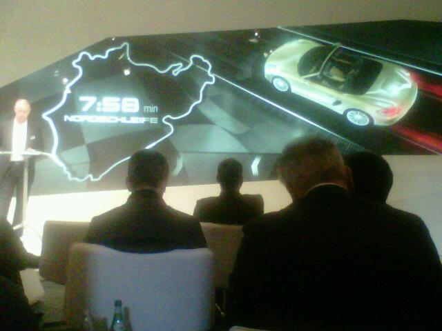 2013 Porsche Boxster S beats the Chevrolet Corvette at Nurburgring