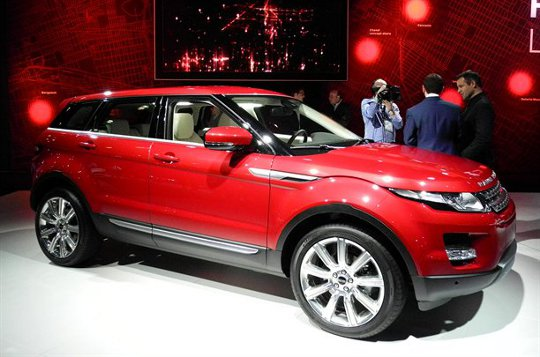 JLR plans a luxury crossover under Jaguar brand