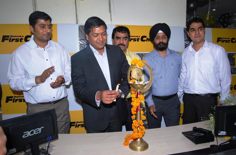 Mahindra FirstChoice Wheels inaugurates two Authorised Dealerships in Delhi