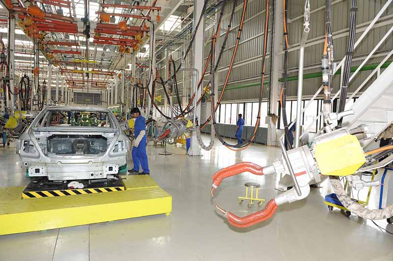 Mercedes to increase its capacity at the Chakan plant
