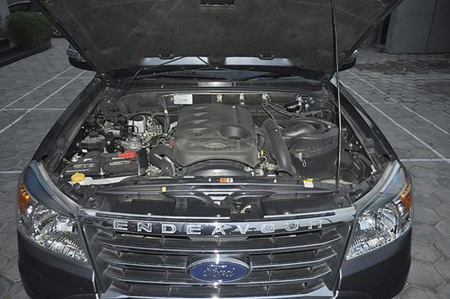 New Ford Endeavour engine