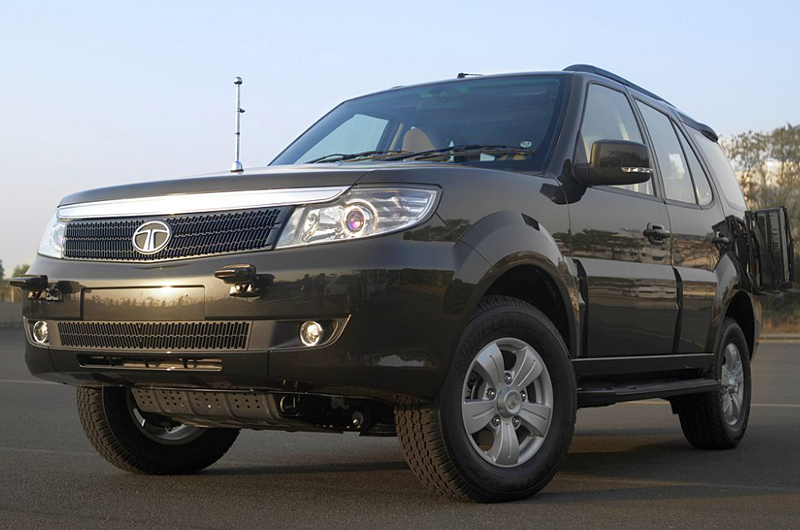 Tata Safari Storme GS 800 revealed at the DEFEXPO India 2012