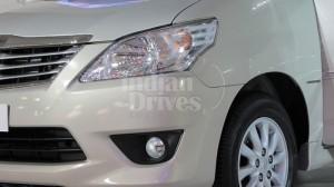 Toyota Innova headlight