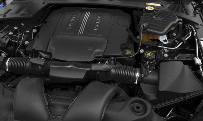Jaguar XJ engine