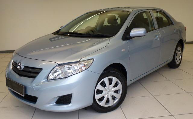 2013 Toyota Corolla: Images and details