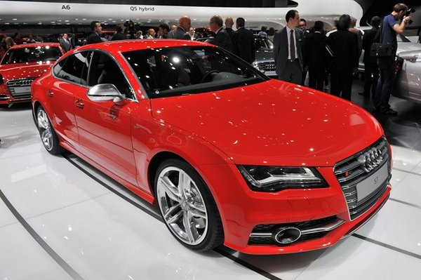 Audi S7 Sportback Introduced in Italy
