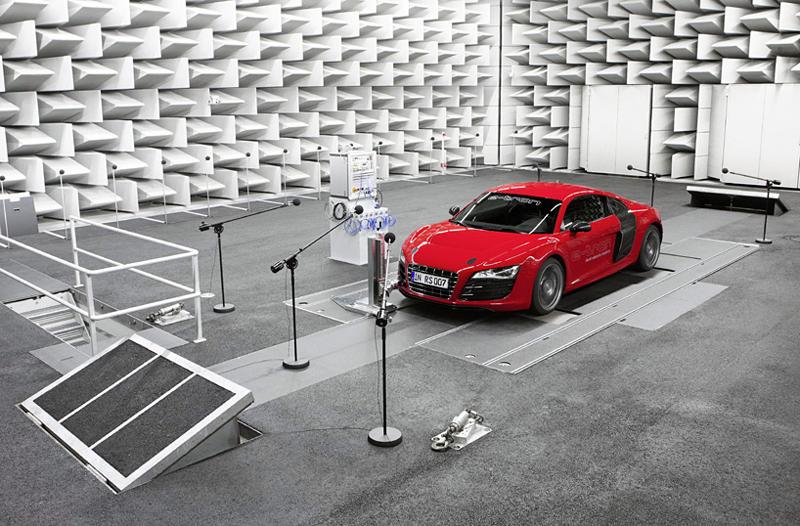 Audi e-sound makes the e-tron cars growl