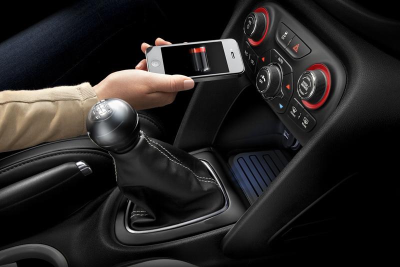 Wireless charging in Dodge Dart