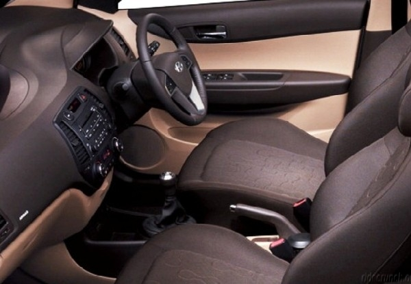 2012 Hyundai i20 interior