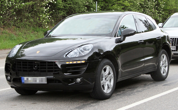 2014 Porsche Macan SUV Spy Photos Captured