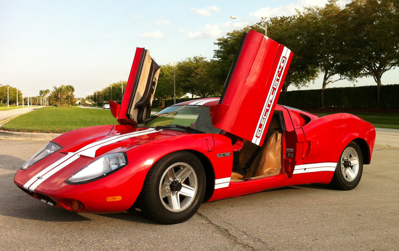 Battery powered GT40 hits 200kmph (Video)