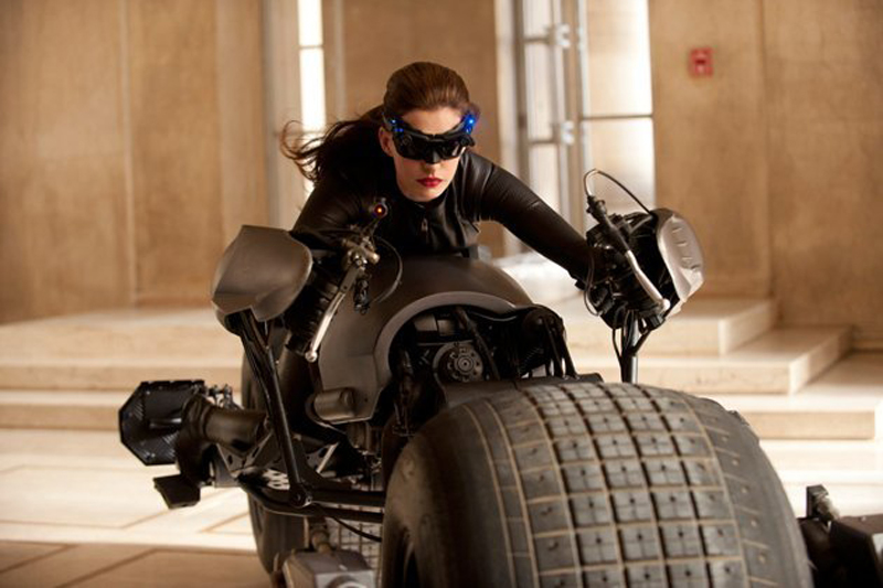 Catwoman leaps out in Dark Knight Rises TV spots