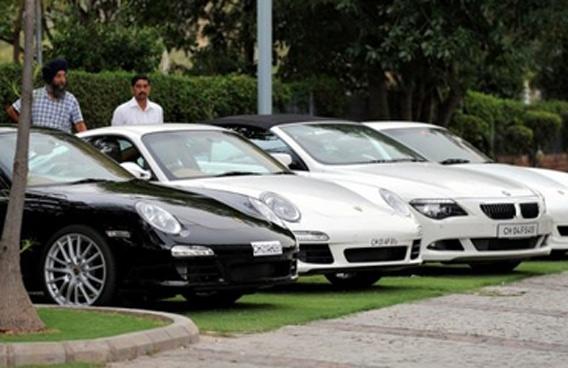 Maharashtra slashes tax on imported vehicles
