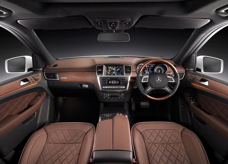 Mercedes Benz ML350 interior