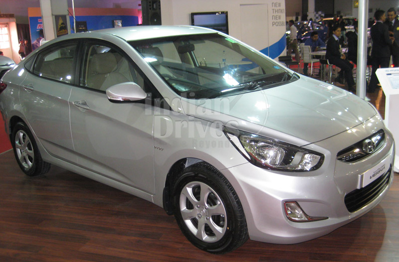 Now All Hyundai Verna Variants Will Get Standard Reverse Camera