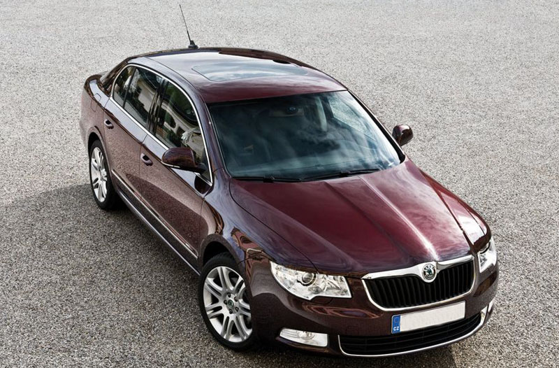 skoda superb ambition in india full review. Black Bedroom Furniture Sets. Home Design Ideas